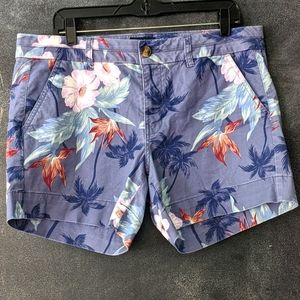 AMERICAN EAGLE OUTFITTERS | Tropical Chino Shorts
